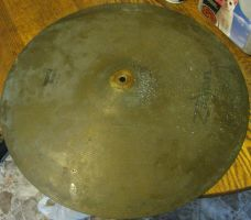 cleaning my Ride Cymbal with the -STUFF- 1 by ownerfate