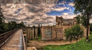 Neamt Fortress by octavianlupu