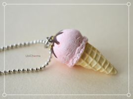 Food Jewelry : Strawberry Ice cream Necklace by Unicharms