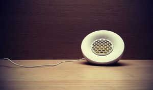 lonely speaker by donnosch