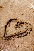 Lovely heart in the sand by PrincessAlbertSwe