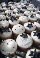 Shabby Chic Cupcakes by Verusca