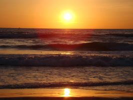 Sunset at Pacific Beach by stephuhnoids