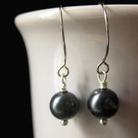 Pearl Earring in Midnight Blue by Gilliauna