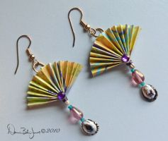 Fan and shell earrings by FamiliarOddlings