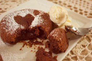 Chocolate Molten Cake by Alice0fSpades