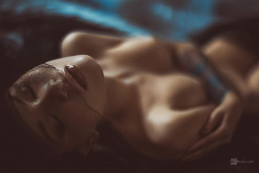 sensuality by DanHecho