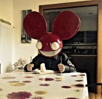 Red deadmau5, my personal mau5head love cheese by Sunder-Cohens