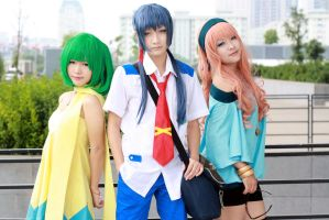 Macross Frontier_Triangle by Dan-Gyokuei