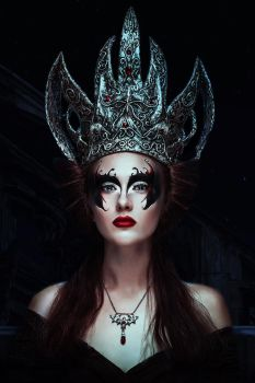 Dark Queen by LilyKarla