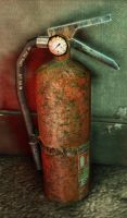 rusty old fire extinguisher model by Bawarner