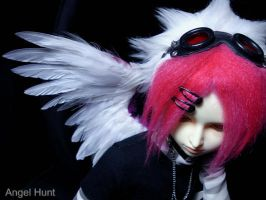 + Fluffy wings + by Nezumi-chuu