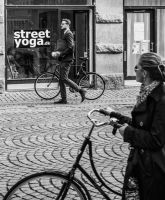 Street Yoga by niklin1