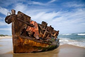 Ship Wrecked by braticus