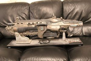 Gears of War Lifesize Lancer. by Joker-laugh
