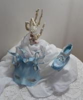 Sugar mask, shoe and Rose by FifiCake