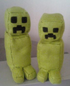 Minecraft Creeper Plushie by KyoTheKat