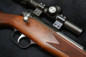 Saxby and Palmer Ensign rifle 01 by SWAT-Strachan