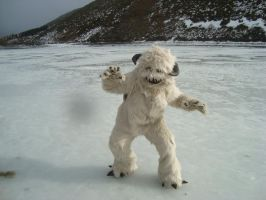 Wampa on ice by MonstrositiesNZ