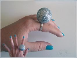 sparkling ball ring by Lady-Kiwi