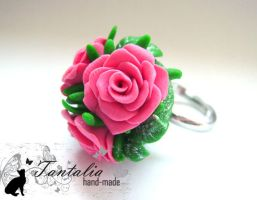 Ring 'Elegance' by Tantalia