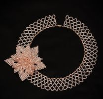 Collar with flower by Lleye