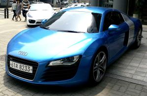 Cayman With R8 by toyonda