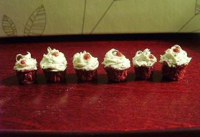 Six Red Velvets, All in a Row by Hil7