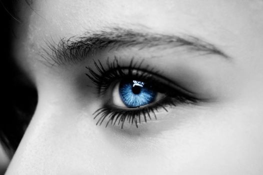 Blue Eye by inf23