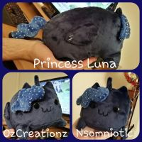 Princess Luna Loaf by Nsomniotic