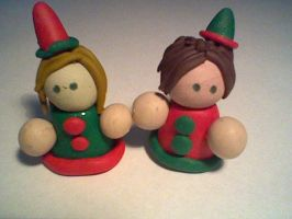 Christmas elves by Joy-Pedler