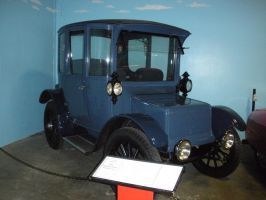 1913 Rauch and Lang Electric Car by rlkitterman