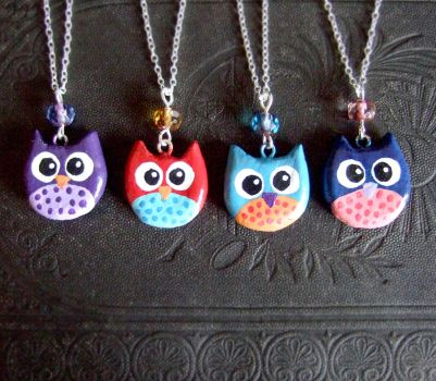 Owl charm necklaces from clay by yael360