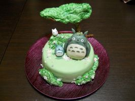 Totoro Cake by CutieFlame