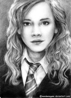 Hermione Granger by nandamegumi