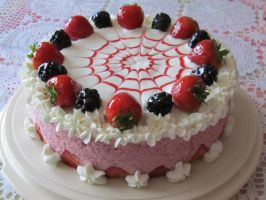 Strawberry Mousse Cake by rltan888