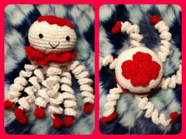 Valentine themed jellyfish plush amigurumi by magpie89