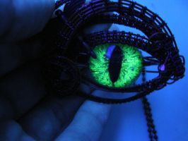 UV Blacklight Glow In The Dark Eye by LadyPirotessa