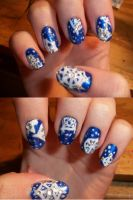 Snow Flake Nails by QueenAliceOfAwesome