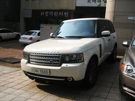 Another Range Rover for XJK by Kia-Motors