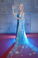Cosplay Frozen Elsa by LadyliliCosplay