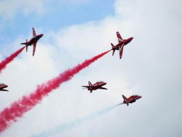 Red arrows by stitchyG