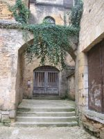 Dordogne - Door 8 by Maliciarosnoir-stock