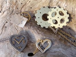 Steampunk hearts by Hiddendemon-666