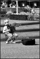 Brugge - little musician by andyshade