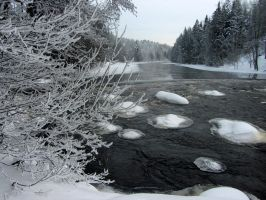 Winter rapids by Wolverica