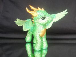 Custom Dragon Pony Kai Front by bambikate