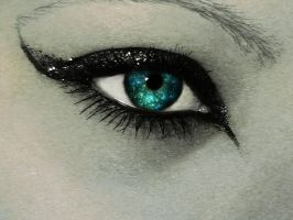 Glitter eye by konstigrej