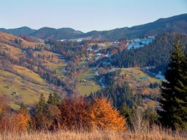 Autumn Landscape in Bucovina by CarpathianStorm