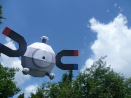 Magnemite papercraft by dodoman75